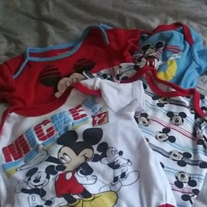 4 Disney Micky Mouse Onesies